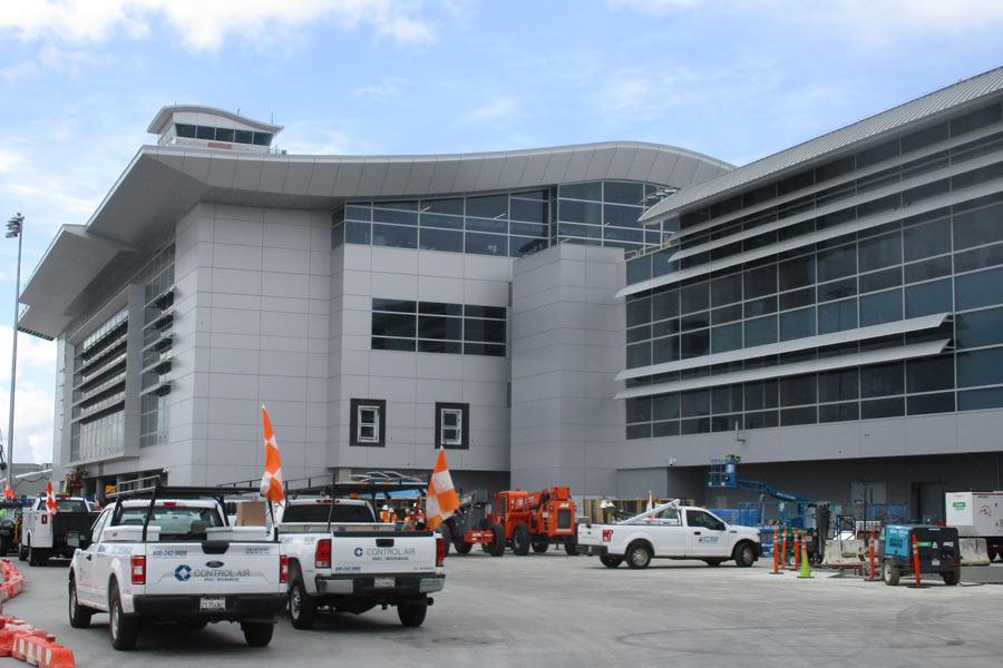 LAX Midfield Satelite Concourse